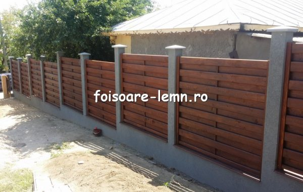 Preturi garduri din lemn