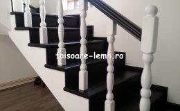 Balustrada din lemn de interior 03