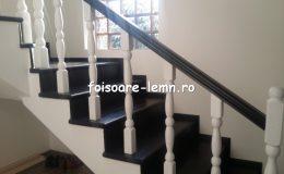 Balustrada din lemn de interior 09