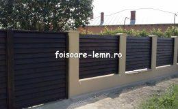Gard din lemn cu porti 05