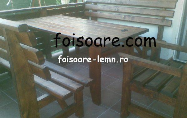 Masa si canapele moderne lemn